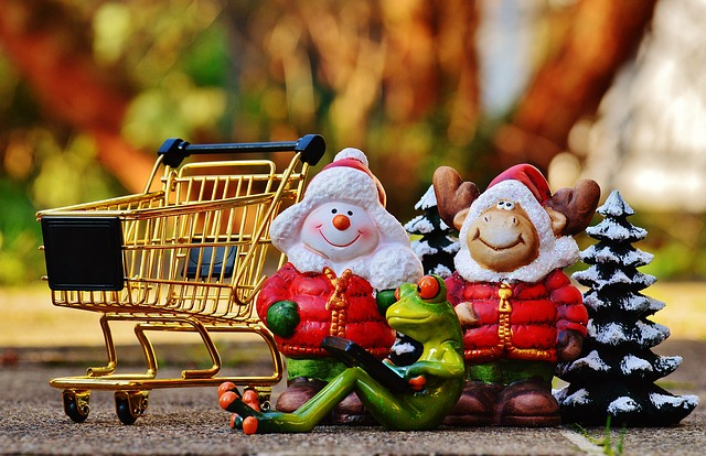 dividend stocks Christmas shopping
